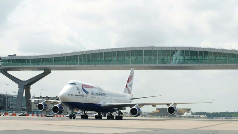 VIP tours of Gatwick Airport