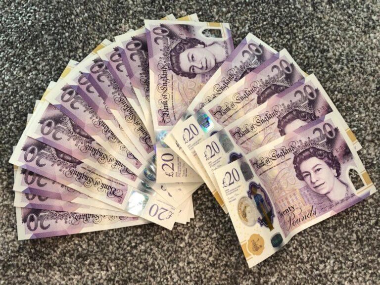 Win £300 Tax Free Cash